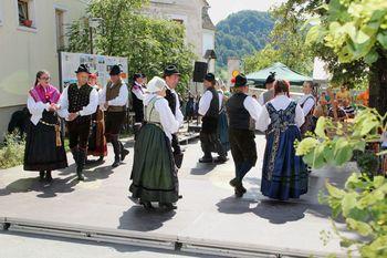 Folklora na vasi v Novi Cerkvi