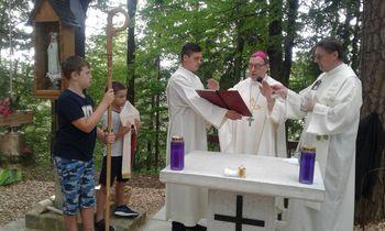 Blagoslov novega zvona in oltarja