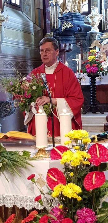 70 let življenja in 45 let duhovništva župnika in dekana Alojza Vicmana