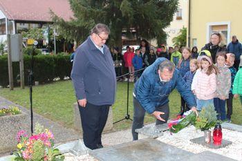 Foto utrinki: Komemoracija ob dnevu spomina na mrtve v Novi Cerkvi in na Veliki Ravni