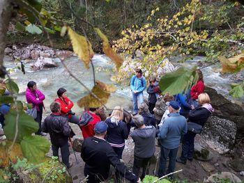 DEKD; spoznavanje posebnosti in značilnosti Dovžanove soteske v povezavi z vodo