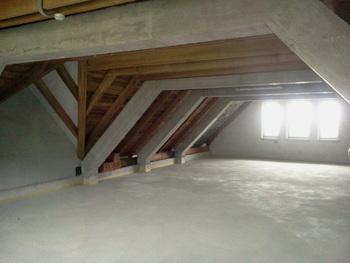 KS Kovor odda v najem 140 m2 velik prostor v neizkoriščeni podstrehi novega Doma krajanov