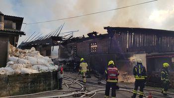 V požaru izgubili dom - pomagajmo družini Aljančič