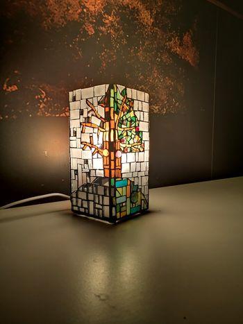 Mozaična ustvarjalnica: Namizna svetilka