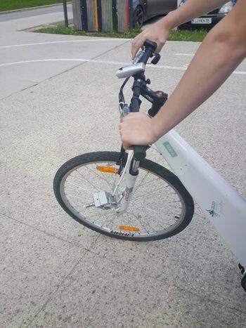 Vandalizem na kolesih v javni rabi