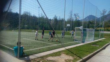 Novi goli na nogometnem igrišču z umetno travo OŠ Preddvor
