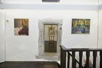 Galerija Rika Debenjaka v Kanalu -  likovna razstava umetnice Elde Marije Piščanec