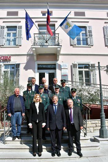 Minister Karel Erjavec na delovnem srečanju z županjo Tino Gerbec