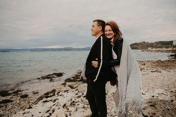 Slovenca, ki sta se spoznala na ona-on, se poročita