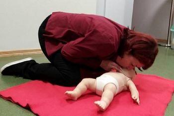 Tečaj prve pomoči pri dojenčku in otroku