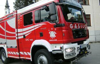 Predaja novega gasilskega vozila GVC 16-25