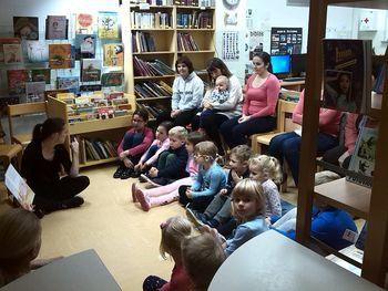 V tednu splošnih knjižnic nas je obiskal knjigožer