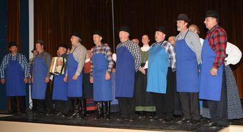 Nastopile odrasle folklorne skupine