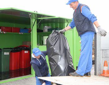 Občani Vranskega oddali 345,5 kg nevarnih odpadkov