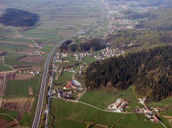 Elektro Ljubljana v Dragomerju gradi nov kablovod