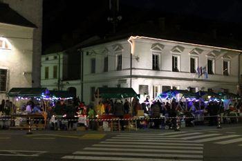 Miklavževa tržnica in dobrodelni Miklavžev koncert v Kobaridu
