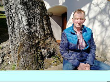 """Pogovor z Jožetom Korošcem s kmetije Pr' Matevžuc o sodelovanju v projektu sodelovanja LAS """"Odprta vrata kmetij"""""""