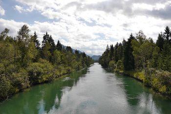 Veliki literarni, likovni in fotografski natečaj »Reka Sava«
