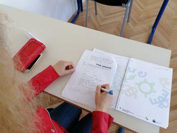 Uspešno izveden tečaj slovenskega jezika v okviru projekta »Prva generacija, druga možnost«