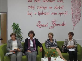 UTRIP DOMOZNANSTVA: Društvo Univerza za III. življenjsko obdobje Žalec se predstavi v Občinski knjižnici Braslovče