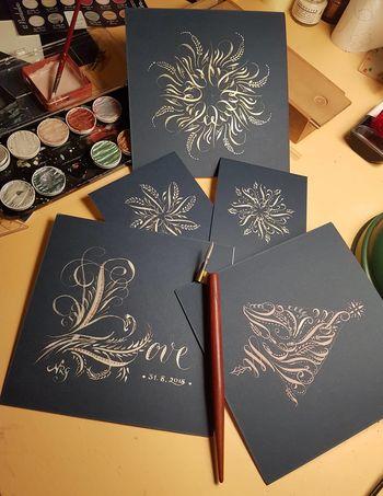 Novoletne voščilnice s kaligrafijo