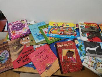 Prijaznost polzelskih občanov bo raznesla knjige v materinske domove