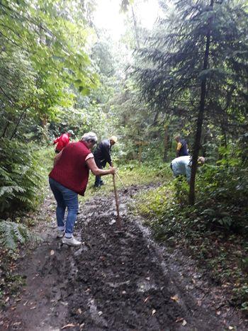 Čiščenje poti v Partovec