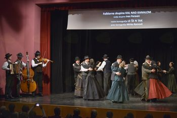 Pomladno srečanje folklornih skupin severne Primorske prvič v Desklah