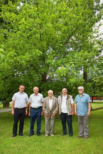 V parku na Frankolovem smo se s posaditvijo dreves spomnili prejemnikov zlatih vojniških grbov v Krajevni skupnosti Frankolovo