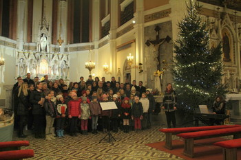 Božični napevi ob Šmarskih jaslicah
