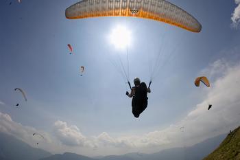 Dolino Soče lahko izglasujemo za najboljšo padalsko destinacijo na svetu