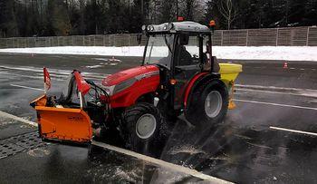Tehnični pregledi traktorjev na Vranskem