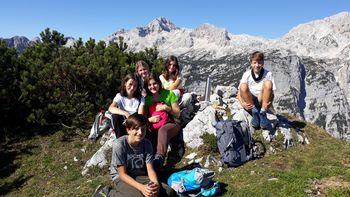 BLEJSKI KOZOROGI – mladi planinci na osnovni šoli