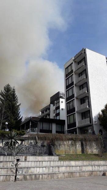 Pogorelo gospodarsko poslopje, požar se je razširil na stanovanje