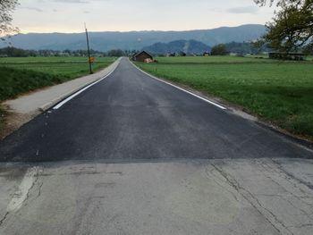 Preplastitve nekaterih cestnih odsekov