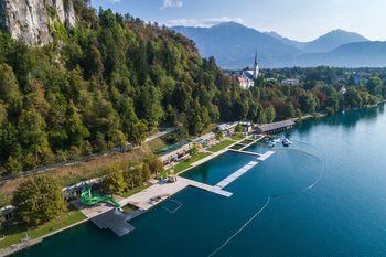 Pojav prekomernega cvetenja zlato rjave alge na Blejskem jezeru