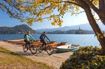 Lonely Planet izpostavlja novo slovensko kolesarsko pot