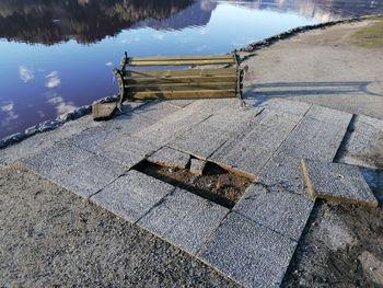 Povečalo se je smetenje, v parkih opazili vandalizem