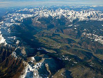 Odkrivanje Alp z javnimi   prevoznimi sredstvi