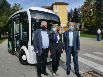 Konec tedna po Bledu z električnim mini busom