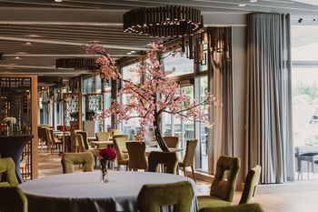 Bled Rose hotel ostaja odprt