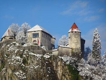 Blejski grad ostaja zaprt do odprtja občinskih meja