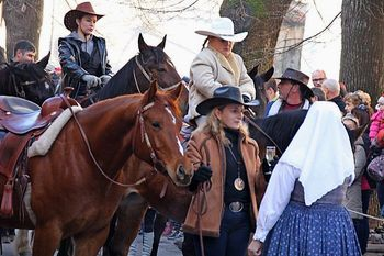 Tradicionalno 'žegnanje' konj