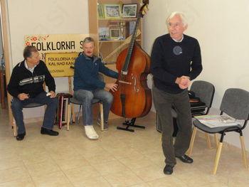 Kalski folklorniki zaplesali s profesorjem Mirkom Ramovšem