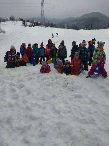 Mladi planinci Vrtca Vransko združili zimski pohod in dričanje