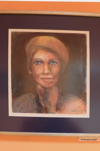 Portreti v pastelu v občinski zgradbi in Mestni kavarni