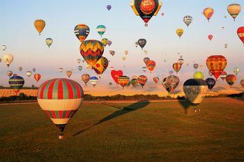 Vito Švagelj: Mavrica toplozračnih balonov – Francija & Romunija