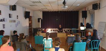Predavanje magična joga in meditacija v AIA – MCM