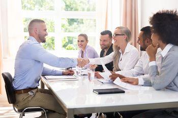 Soočanje mladih s trgom dela