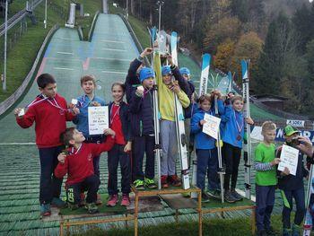 SSK Mengeš spet s posamičnimi in ekipnimi državnimi prvaki